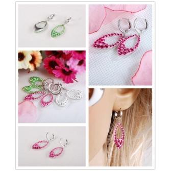 Boucles d'oreilles Strass verte ou rose 01A2568