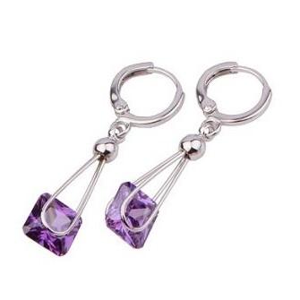 Boucles d'oreilles pendante Violet 01A2570