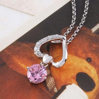 Pendentif Coeur avec pierre Rose 01C3254
