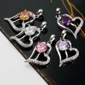Pendentif Coeur avec une belle pierre de zirconium couleur Lila 01C3310