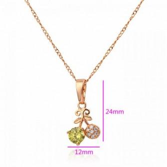 Pendentif cerise plaqué or rose avec pierres de zirconium couleur pomme 01C3317
