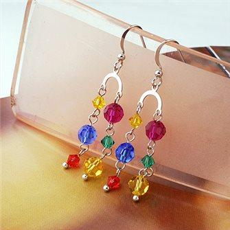 Boucles d'oreilles pendante avec perles de couleurs 01A2592