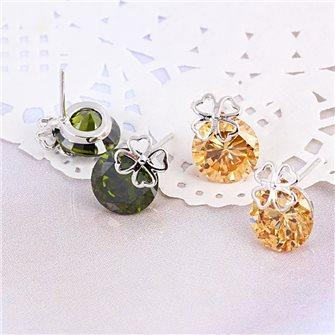 Boucles d'oreilles trêfle avec pierre de Zirconium Olive ou Champagne 01A2593